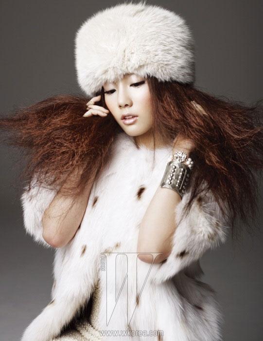 Girls Generation Taeyeon W Korea magazine
