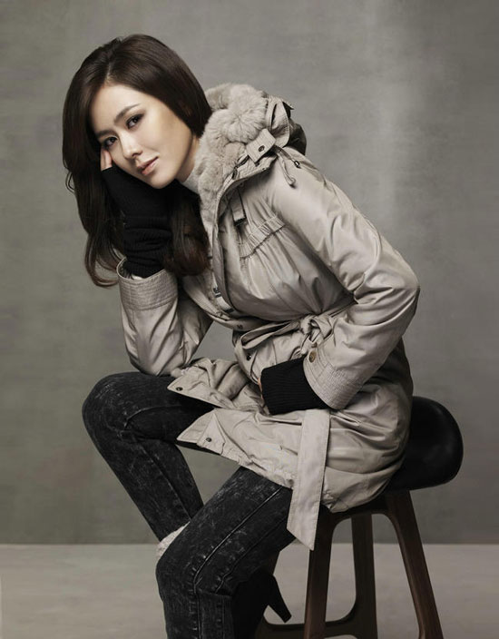 Son Ye-jin for Chatelaine Winter 2010