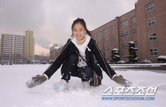 Son Yeon-jae winter snow