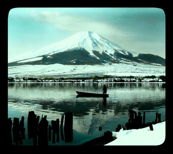 Mt Fuji winter boatman by T.Enami