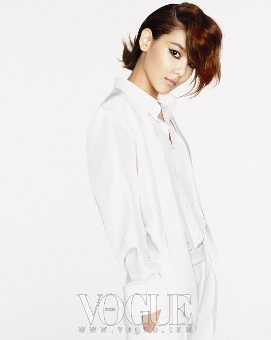 Girls Generation Sooyoung boyish look on Vogue Korea