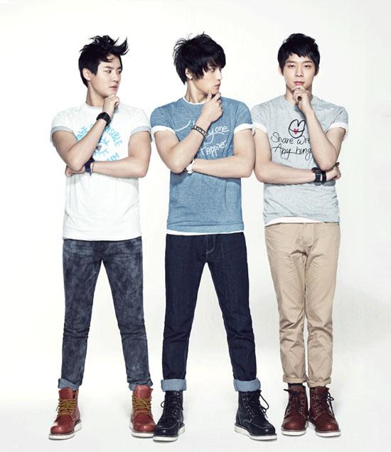 Korean pop group JYJ for NII fashion