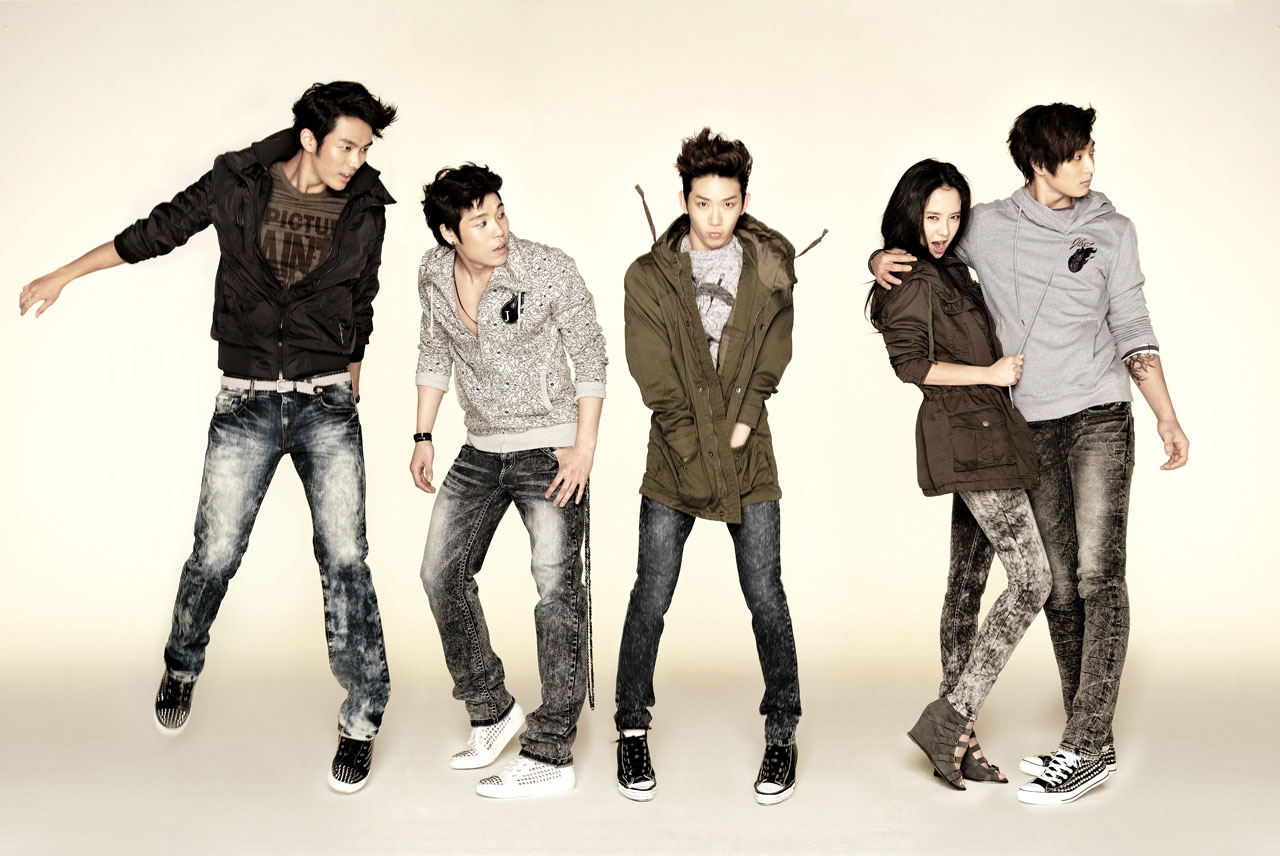 Song Ji-hyo and 2AM Jambangee fashion