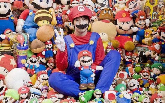 World biggest Super Mario Bro fan in Japan