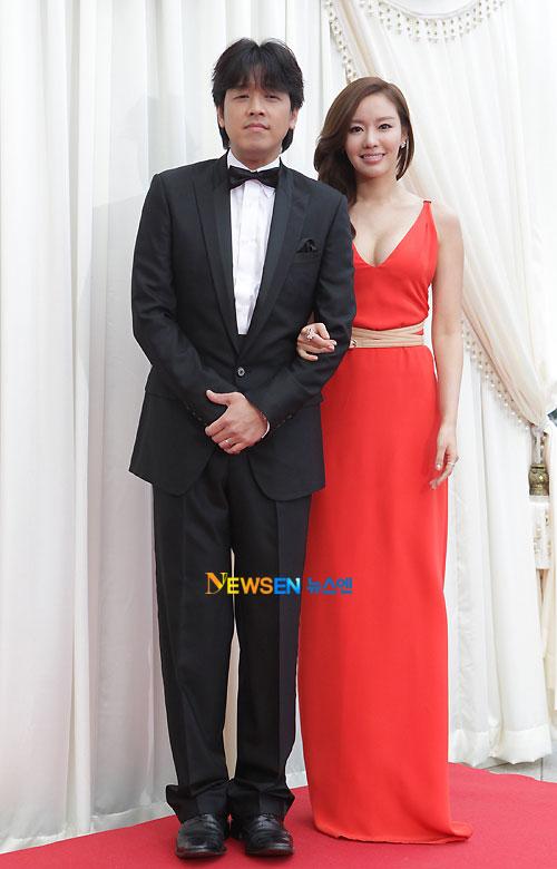 Ryu Shi-won Kim Ah-joong Baeksang Awards 2011