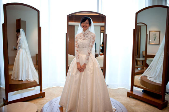 Stefanie Sun in wedding gown