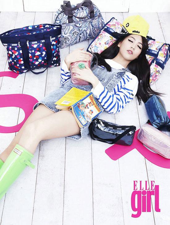 KARA Jiyoung Elle Girl Magazine with LeSportSac handbags