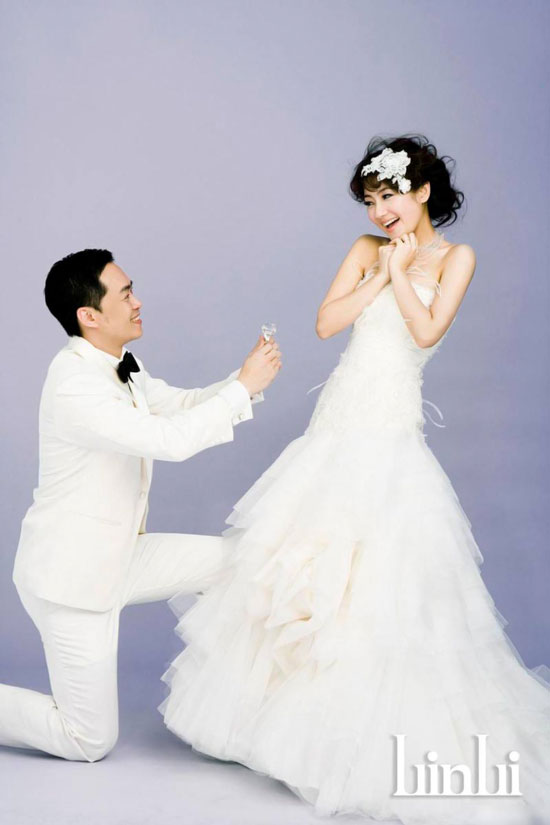 S.H.E Selina and Richard Chang wedding photo