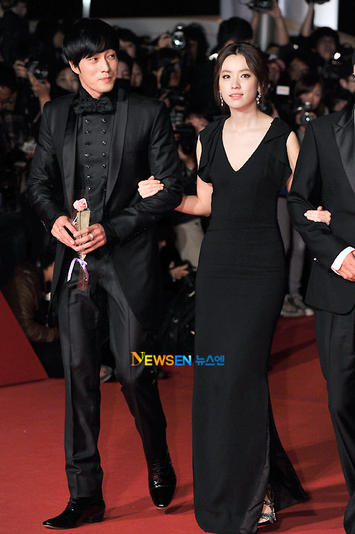 So Ji-sub and Han Hyo-joo at Busan Film Festival 2011