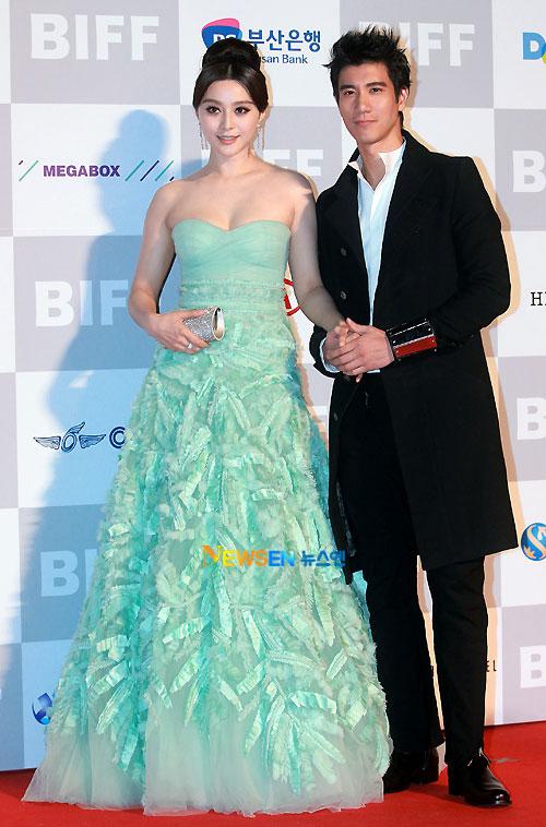 Fan Bingbing and Wang Lee-Hom at Busan Film Festival 2011