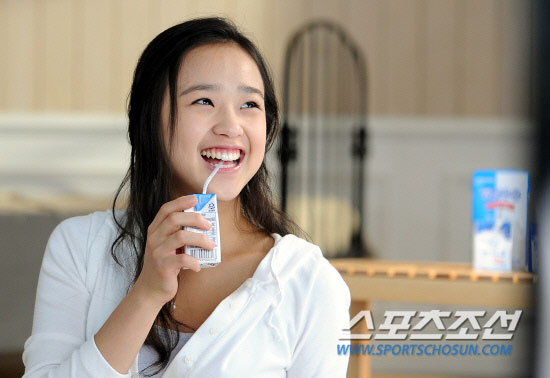 Son Yeon-jae milk commercial