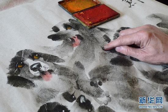 Chinese palmprint painting artist