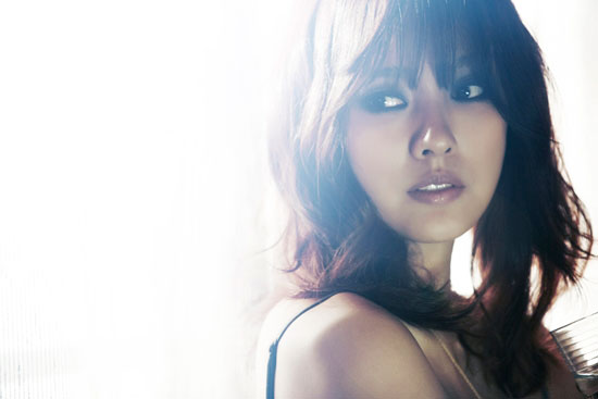 Lee Hyori SPICA music video