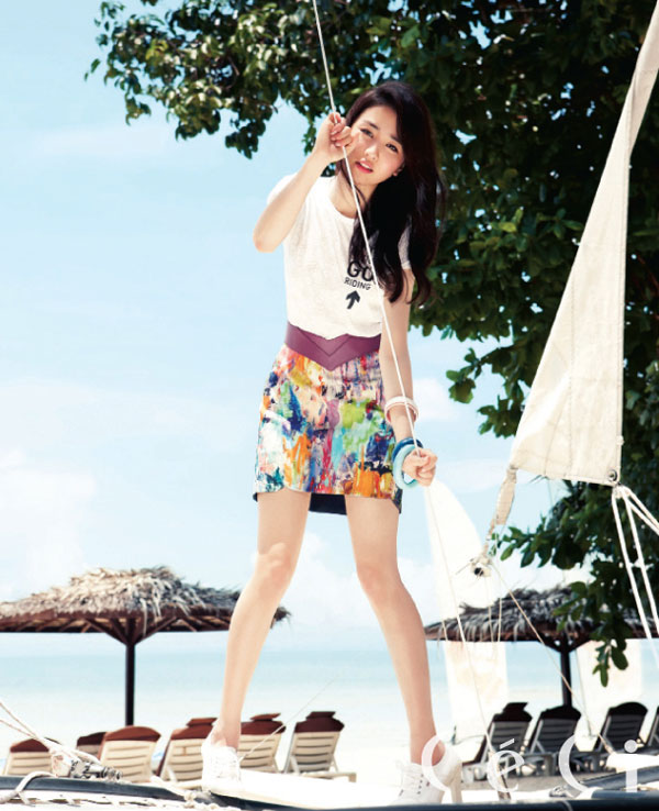 Park Ha-sun Korean Ceci Magazine