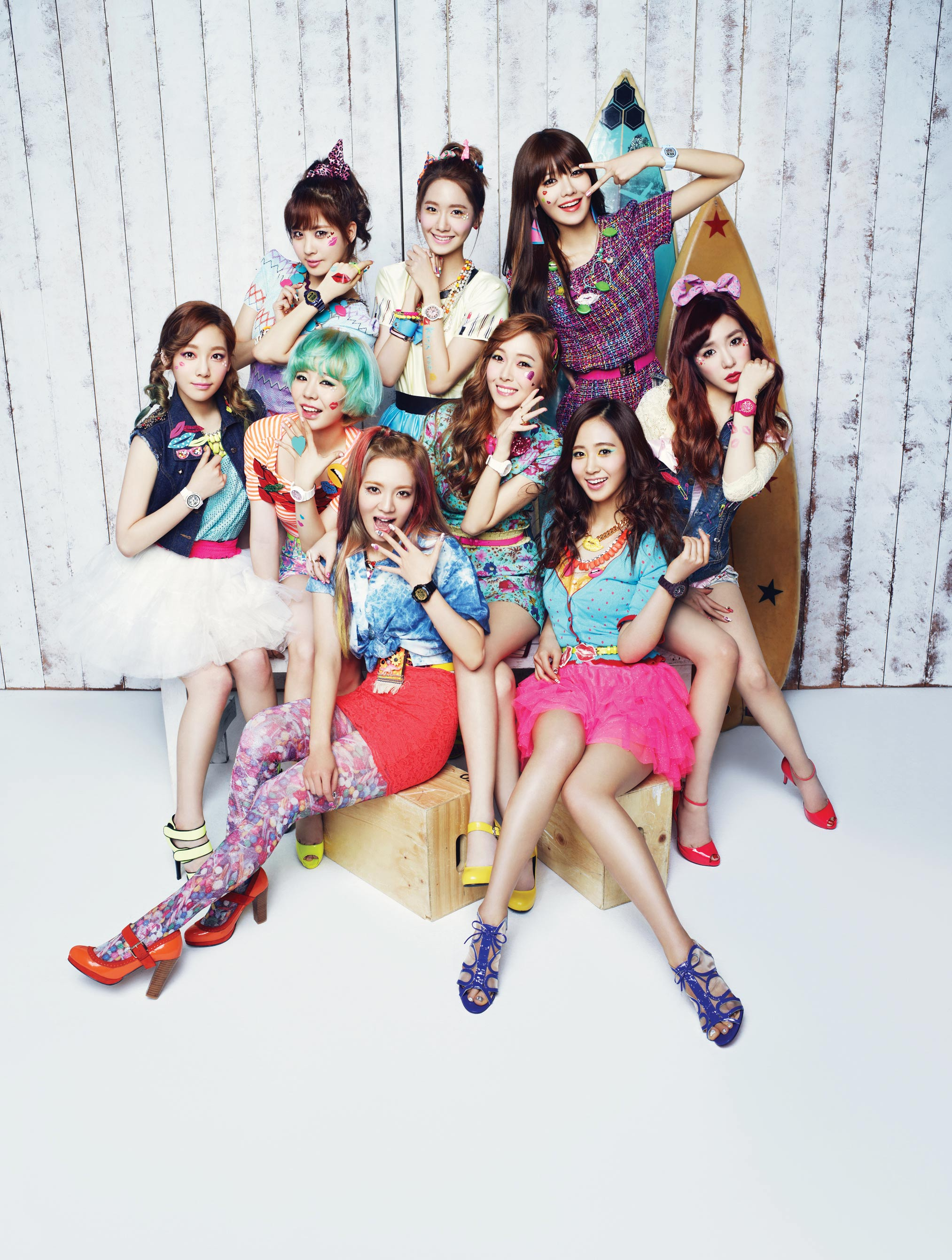 Girls Generation Casio Baby-G Kiss Me 2013