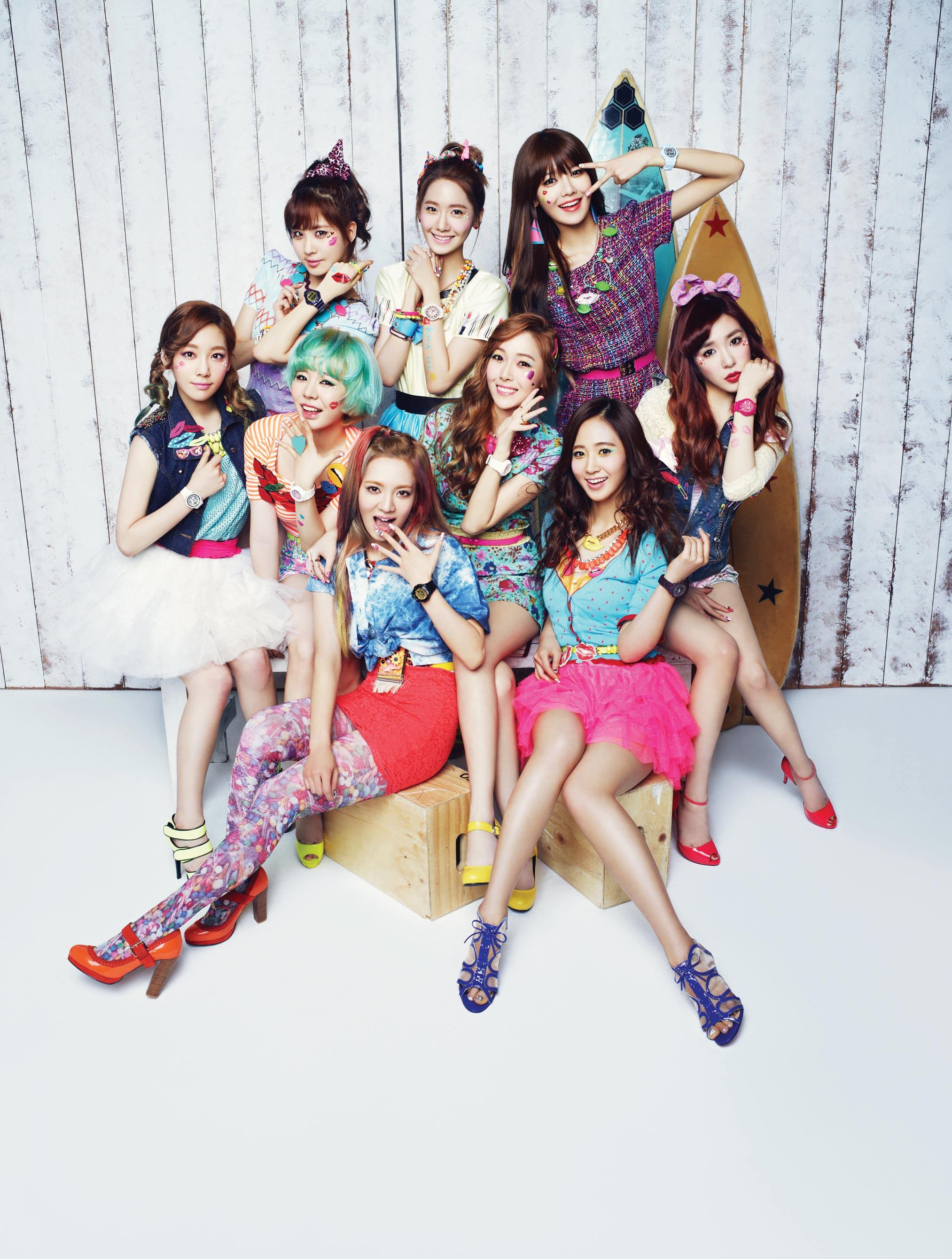 Girls Generation Casio Baby-G Kiss Me 2013