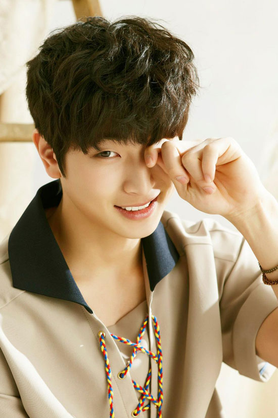 2AM member Jinwoon picture