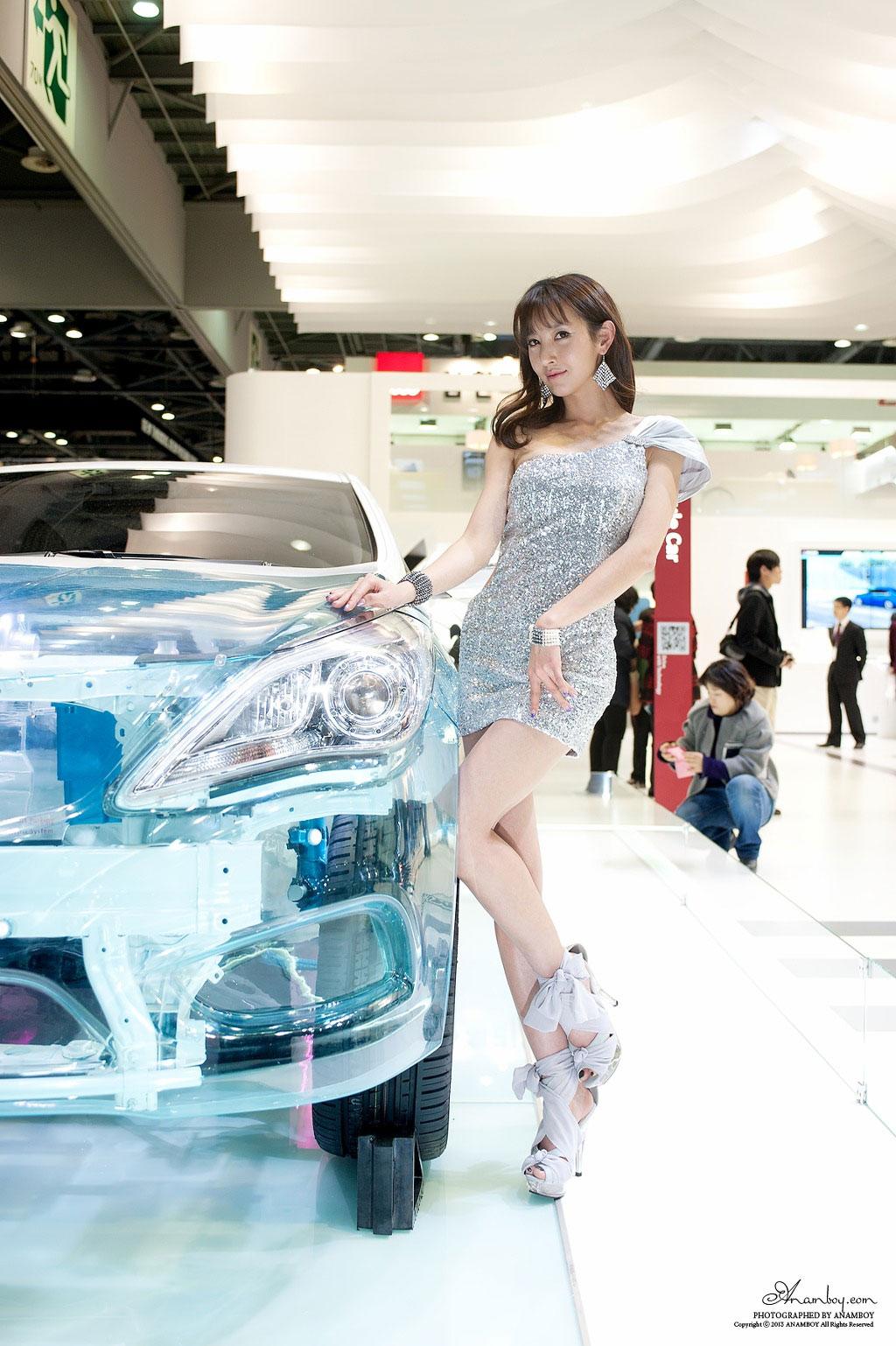 Korean model Go Jung Ah Seoul Motor Show 2013