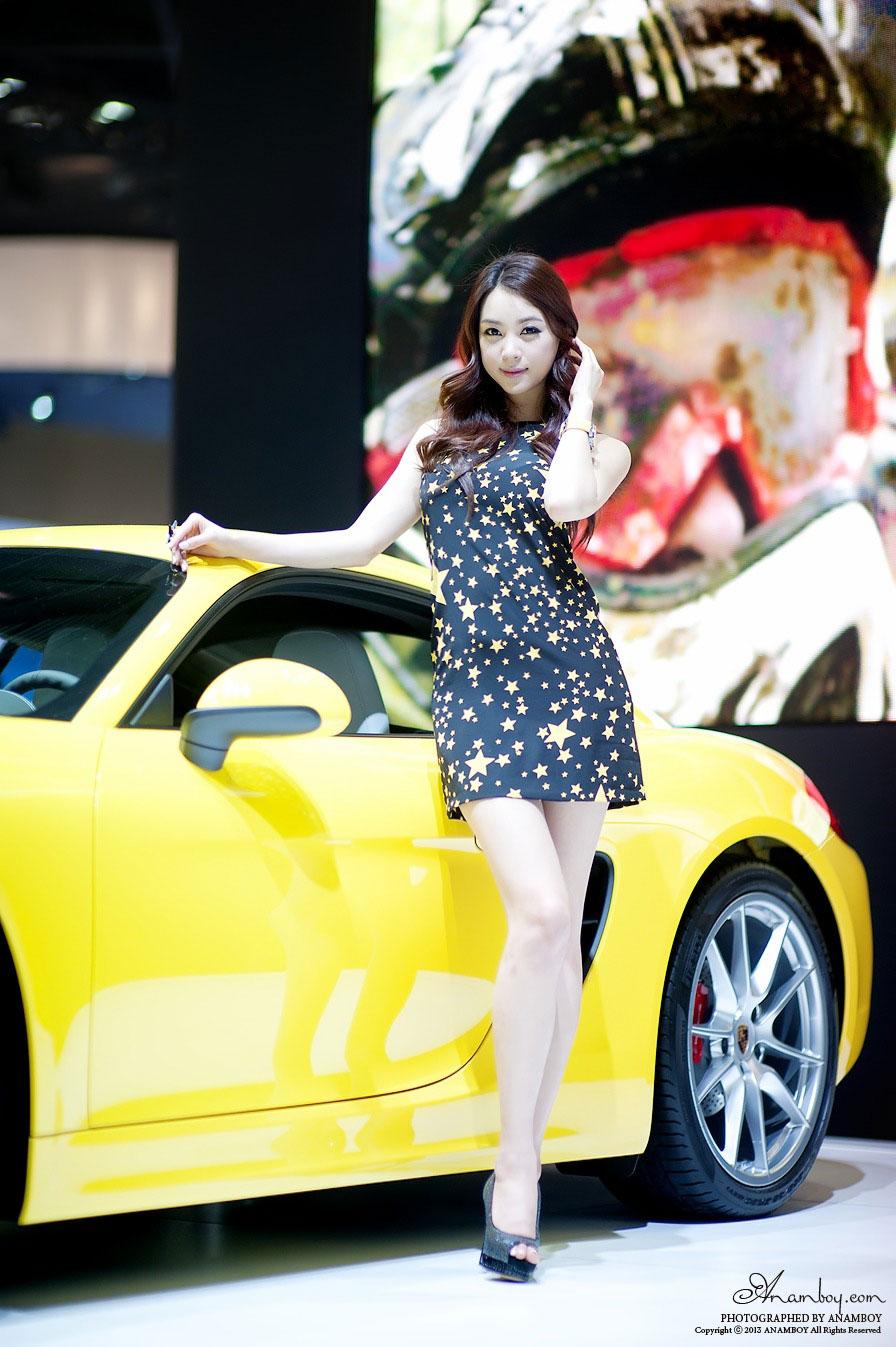 Korean model Ju Da Ha Seoul Motor Show 2013
