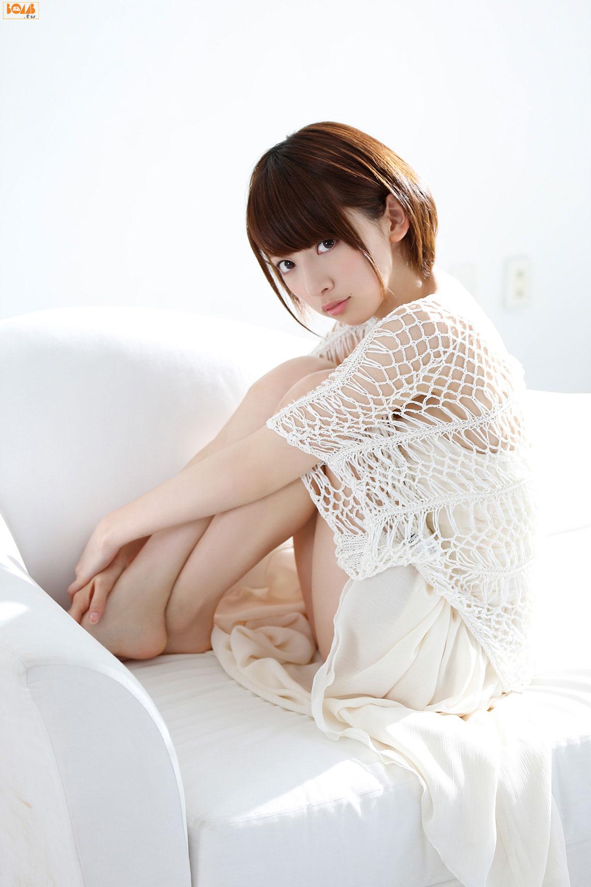 Nogizaka46 Nanami Hashimoto Japanese Bomb Magazine