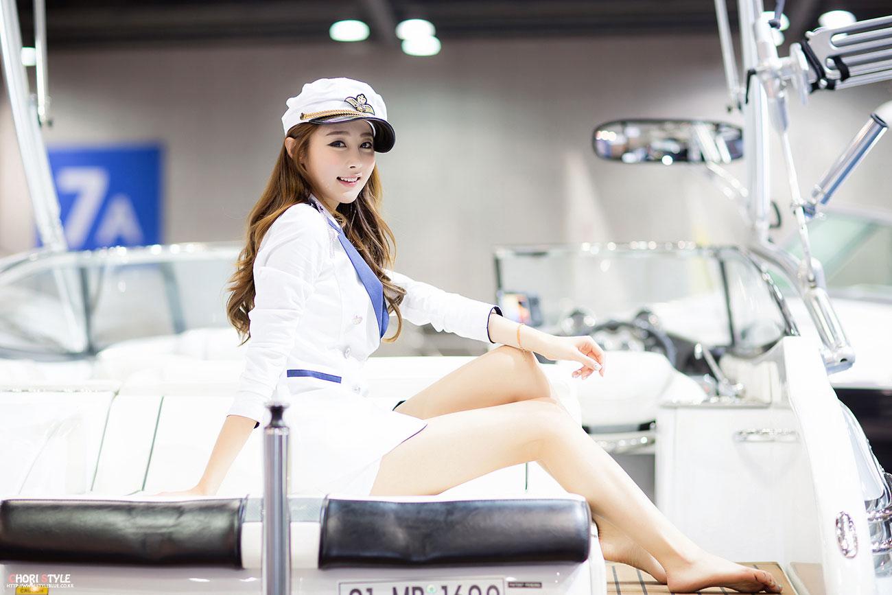 Eun Bin Korea International Boat Show 2013