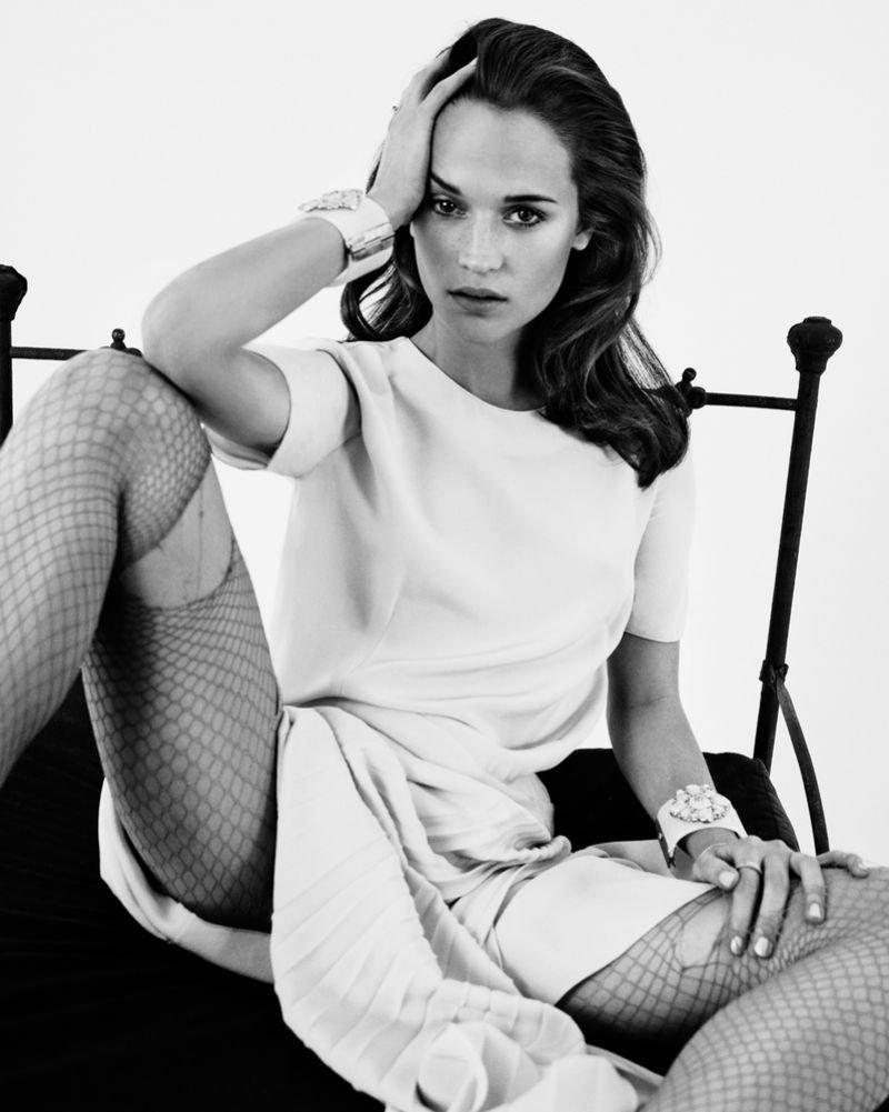Fifth Estate Alicia Vikander V Magazine