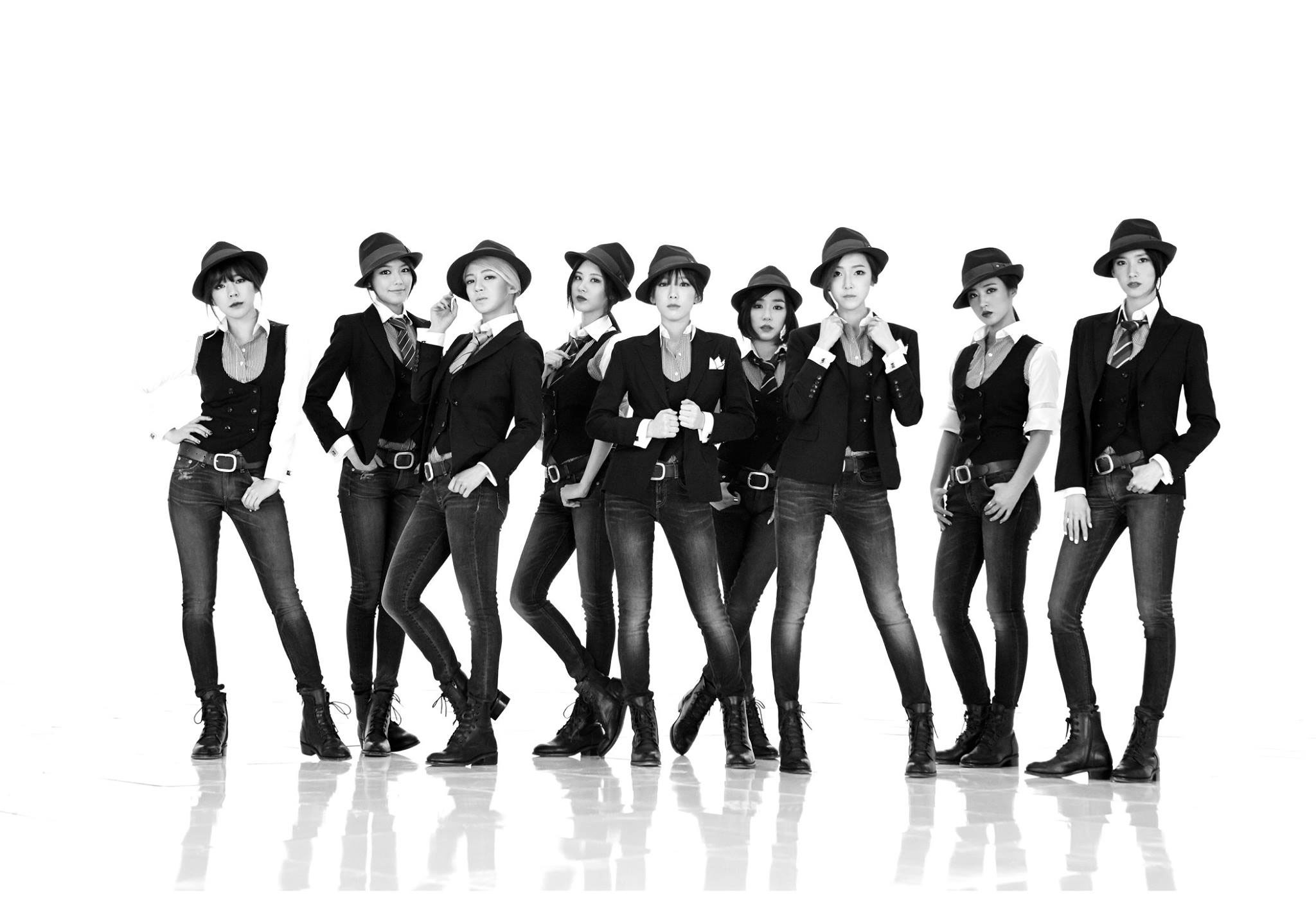 Korean pop group Girls Generation SNSD picture