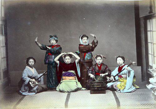 Adolfo Farsari vintage Japanese geisha