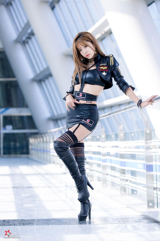 Korean model Heo Yun Mi G-STAR 2014 game show