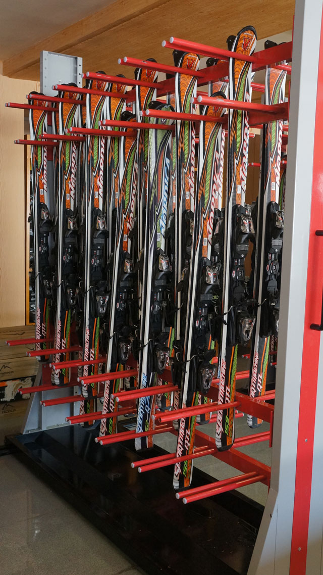 Masikryong Ski Resort ski equipment