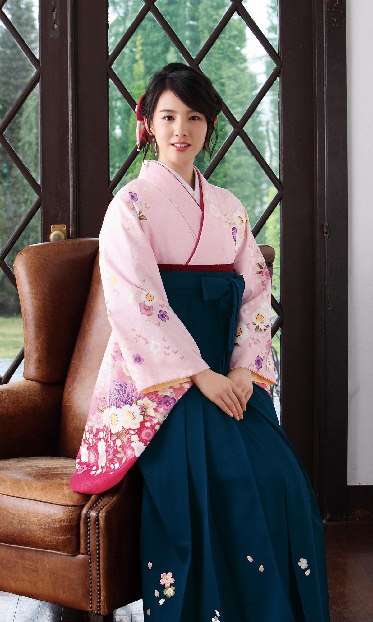 Nanami Sakuraba Maimu Hakama Collection