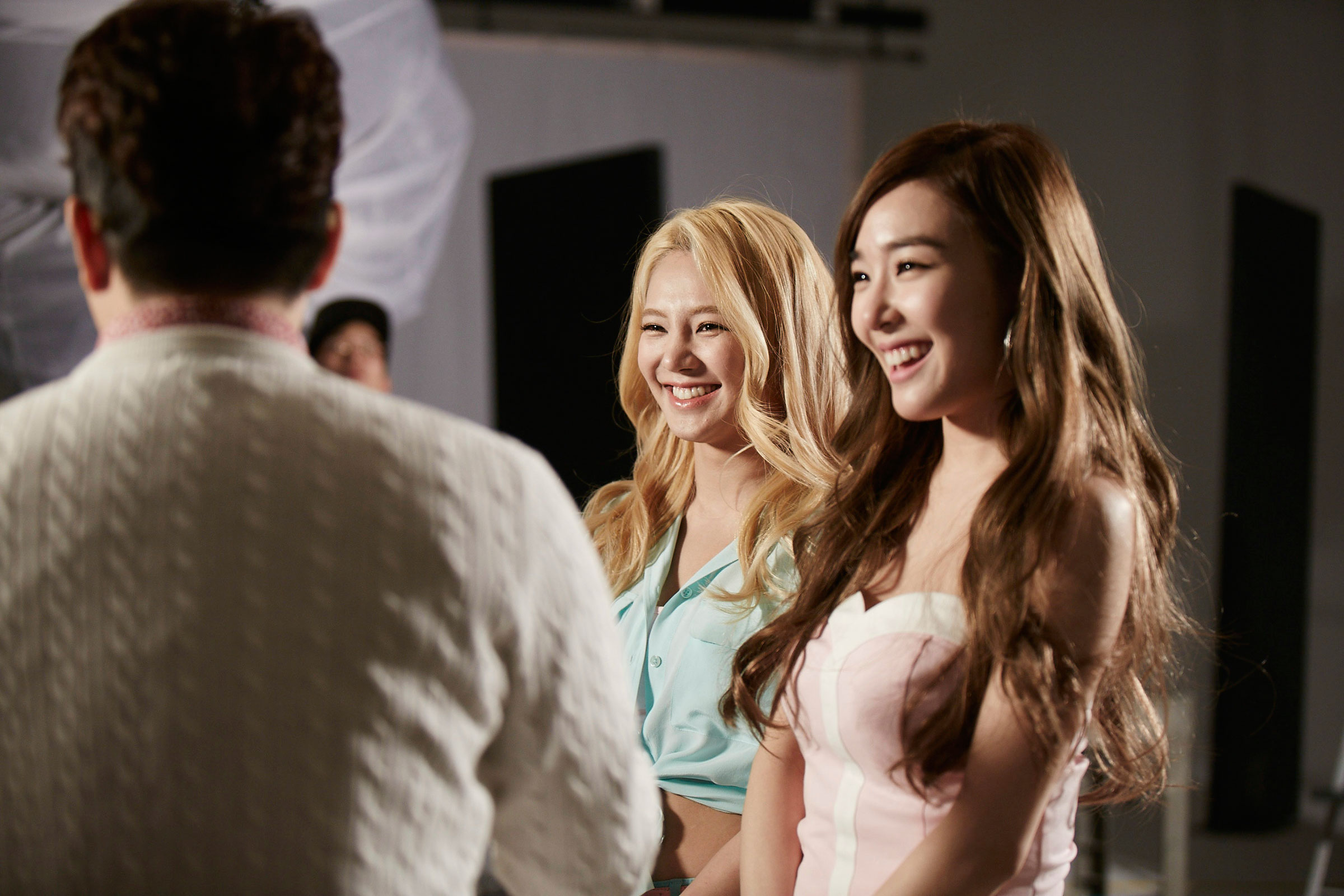 SNSD Tiffany Hyoyeon shooting Casio commercial