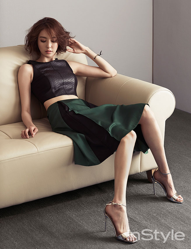 Lee Da Hee Korean Instyle fashion magazine