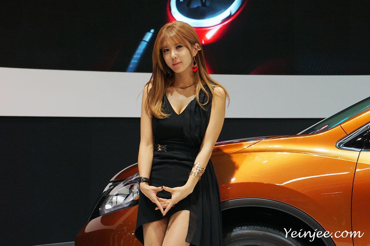 Seoul Motor Show 2015 Nissan Heo Yun Mi